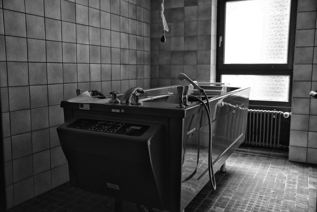 lostplace-svenspanngel-fotografie-klinik-horror-lost-place-11.JPG