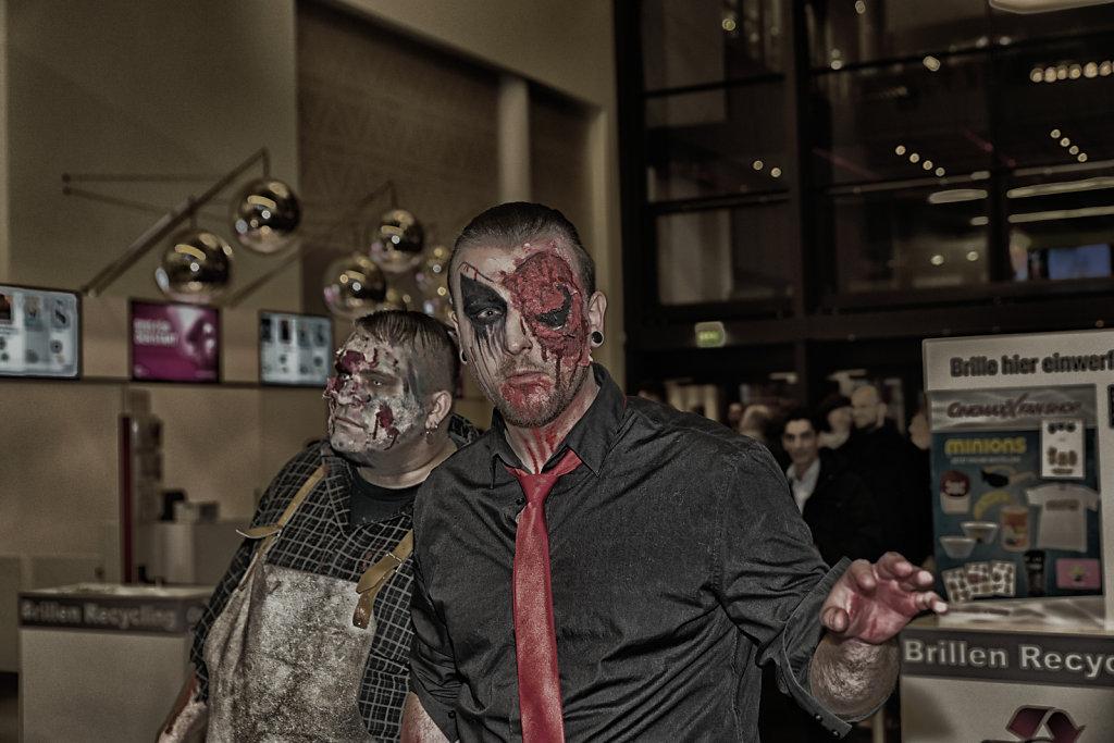 the-walking-dead-cinemaxx-bielefeld-zombie-walk-svenspannagel-fotografie-zombie-horror-4.jpg