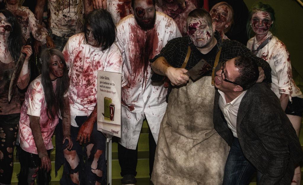 the-walking-dead-cinemaxx-bielefeld-zombie-walk-svenspannagel-fotografie-zombie-horror-6.jpg
