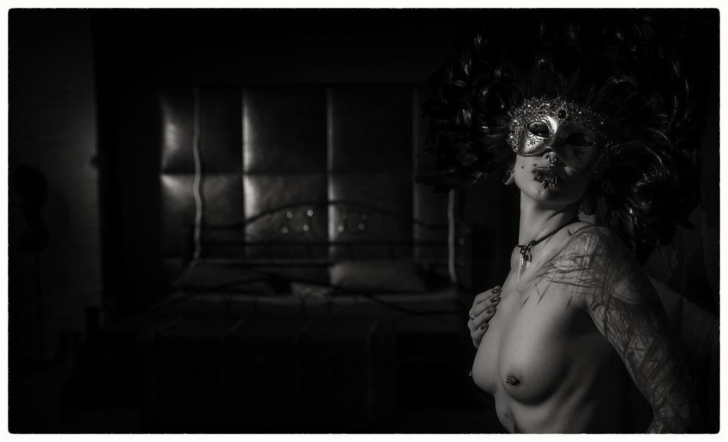 suma-fetisch-maske-svenspannagel-fotografie-tattoo-pircing-spannagel.jpg