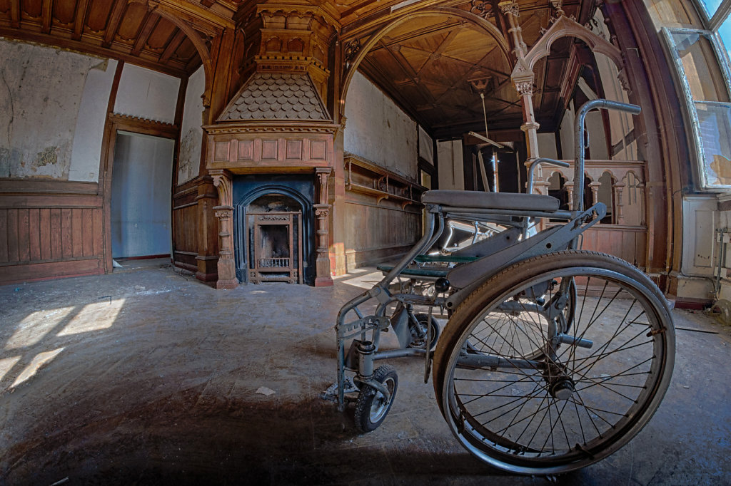 Henriettes-Erbe-House-of-wheelchair-lostplace-urbex-svenspannagel-fotografie-6.jpg
