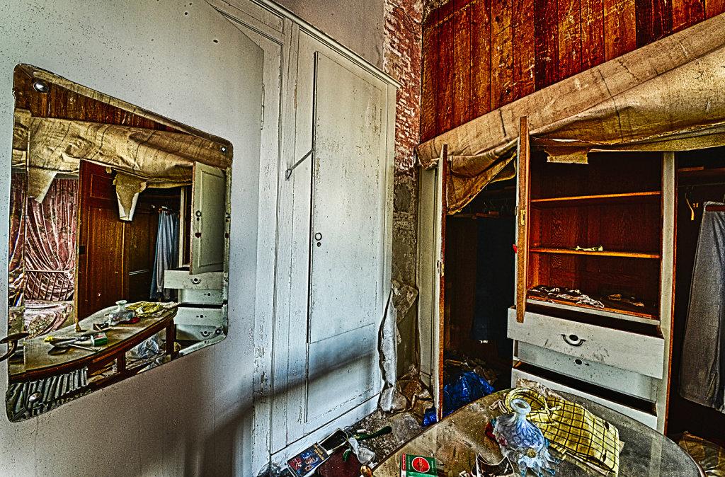 lost-place-anna-L-DrPain-svenspannagel-fotografie-urbex-urologen-villa-lostplace-rotten-place-40.jpg