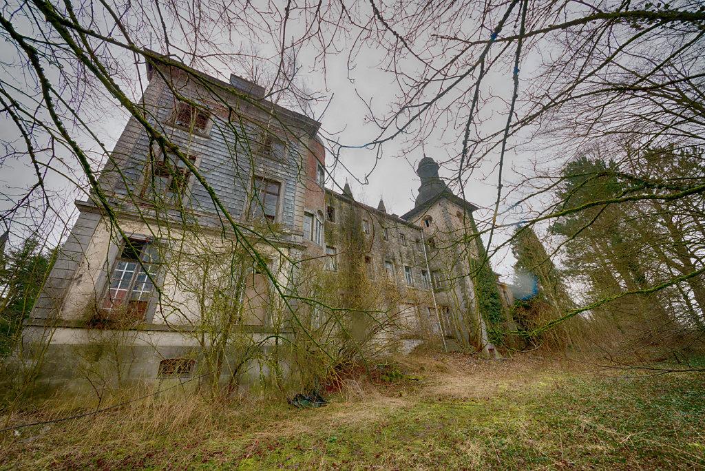 Lost-Place-Chateau-Congo-belgien-urbex-svenspannagel-fotografie-19.jpg