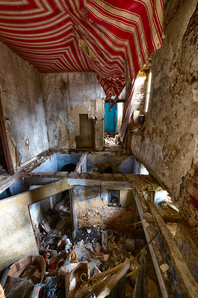 Lost-Place-Chateau-Congo-belgien-urbex-svenspannagel-fotografie-3.jpg