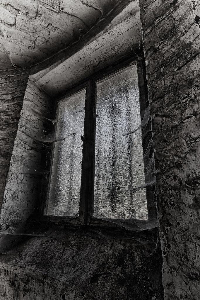 villa-kellermann-lost-place-urbex-lostplace-sven-spannagel-fotografie-11.jpg