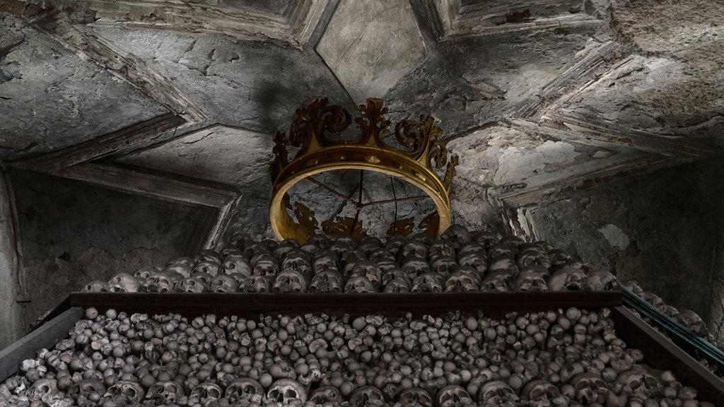 kutna-hora-knochenkirche-bonechurch-svenspannagel-fotografie-lostplace-urbex-24.jpg
