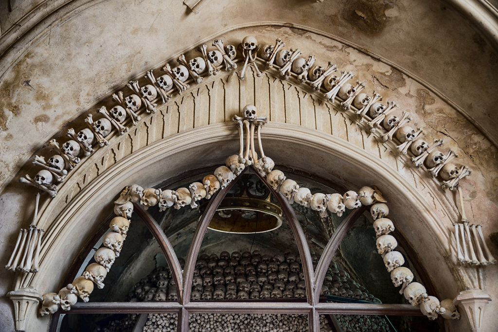 kutna-hora-knochenkirche-bonechurch-svenspannagel-fotografie-lostplace-urbex-28.jpg