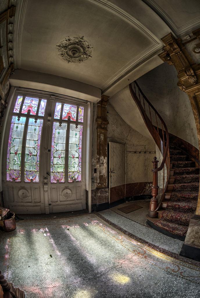 Maison-Annabelle-villa-tea-time-urbex-lostplaces-lost-place-svenspannagel-fotografie-belgien-verlassen-8.jpg