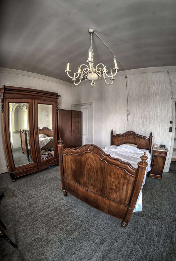 Maison-Annabelle-villa-tea-time-urbex-lostplaces-lost-place-svenspannagel-fotografie-belgien-verlassen-12.jpg