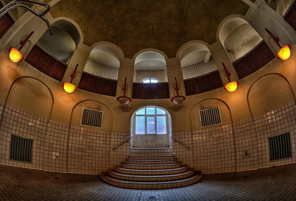 Volksbad-nuernberg-lostplace-lost-places-svenspannagel-fotografie-urbex-fischeye-8.jpg