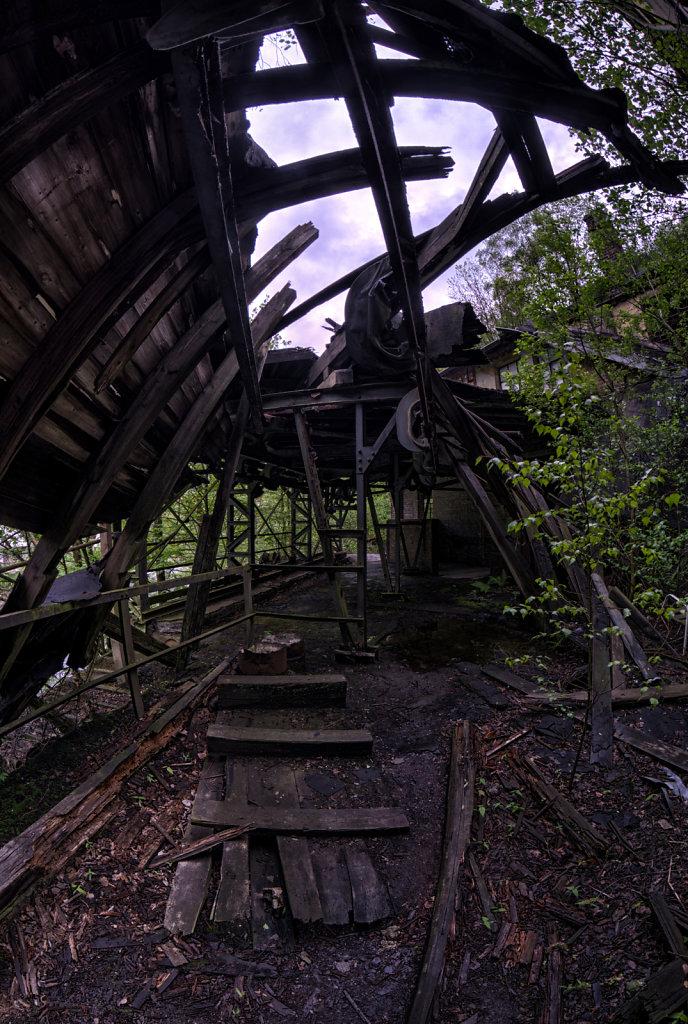 lostplace-urbex-drahtfabrik-svenspannagel-fotografie-sauerland-verlassen-todesfabrik-21.jpg